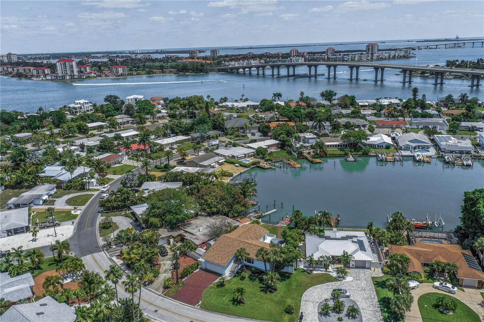 77. Single Family Home for Sale at St. Pete Beach, Florida,United States