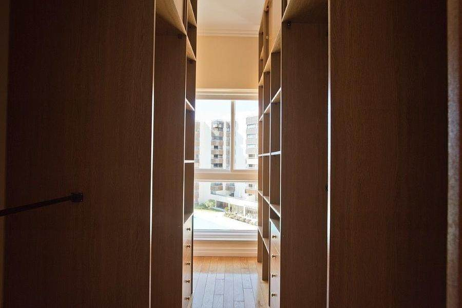 25. Daireler için Kiralama at 3 + 2 bedroom apartment without furniture in a prestigious closed condominium with security, swimming pool, garden and f... Cascais, Portekiz