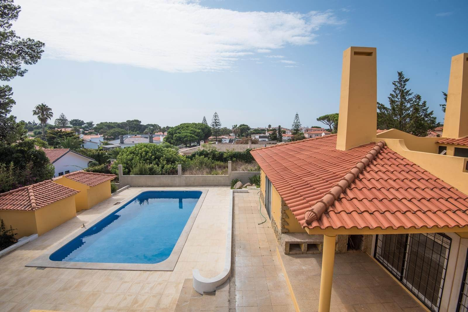 4. Villa/Townhouse for Sale at Family house T4 + 2 in Birre Cascais, Portugal