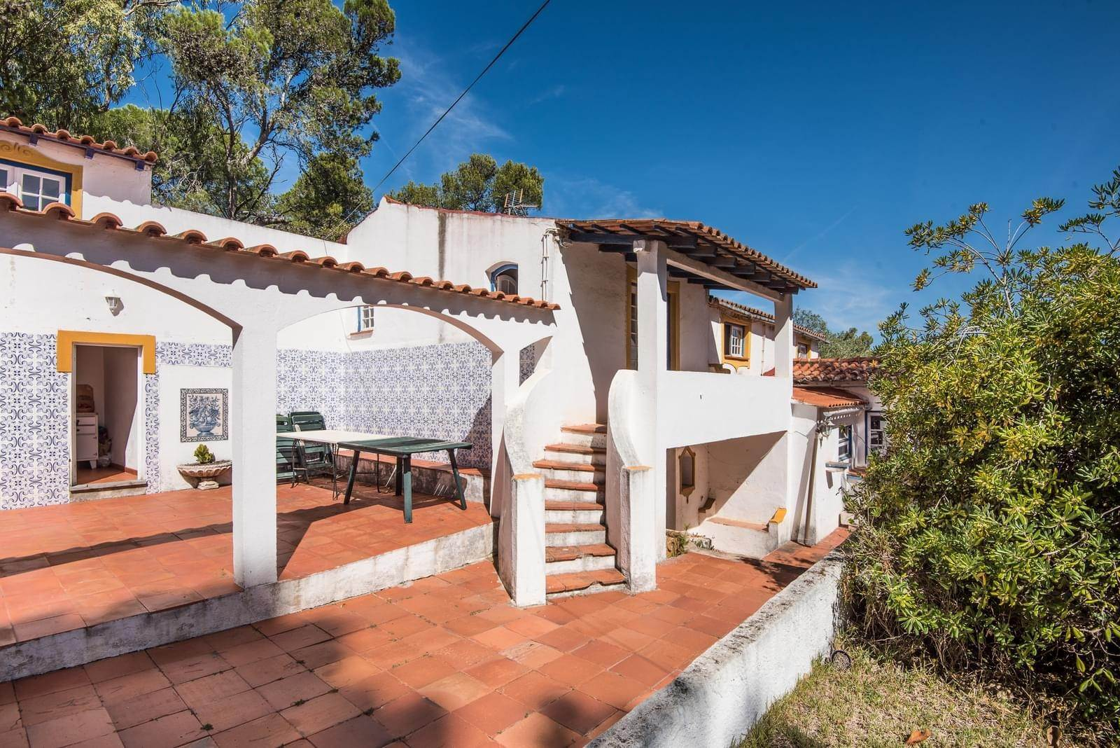 6. 別墅 / 联排别墅 為 出售 在 Unique property, located next to Quinta da Marinha, a quiet area.The property comprises six small villas, with deep refu... Cascais, 葡萄牙