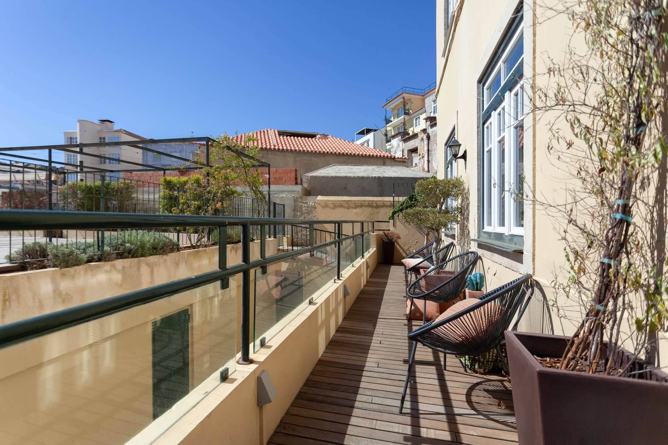 διαμερίσματα για την Πώληση στο Fantastic 4 bedroom apartment, located in Lapa, one of the most prestigious neighbourhoods of Lisbon. With an around 174... Λισαβόνα, Πορτογαλια