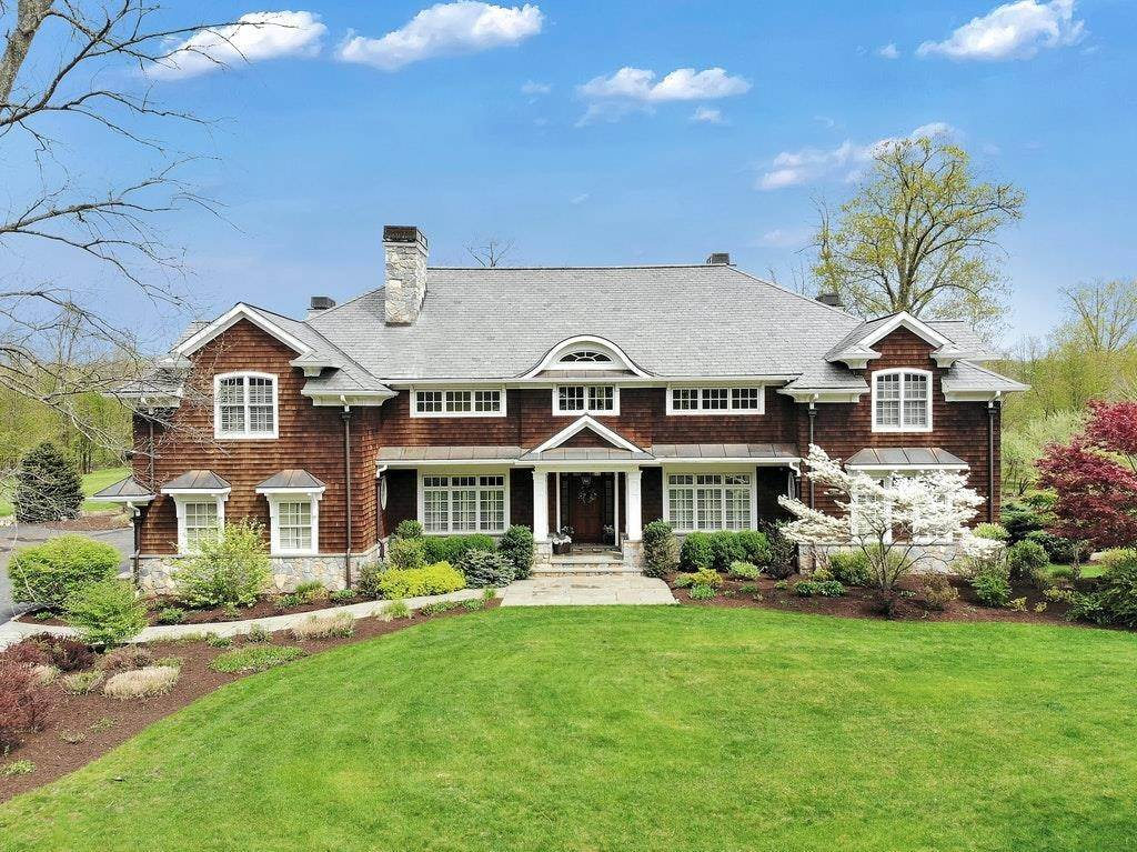 Single Family for Sale at 90 Halifax Mahwah, New Jersey, 07430 United States