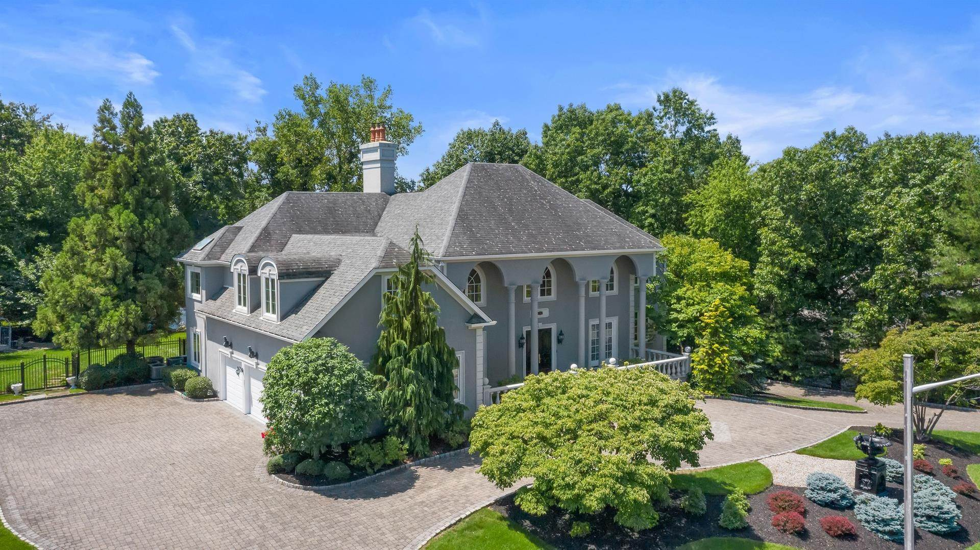 6. Residential for Sale at 15 Hunter Ridge Woodcliff Lake, New Jersey, 07677 United States