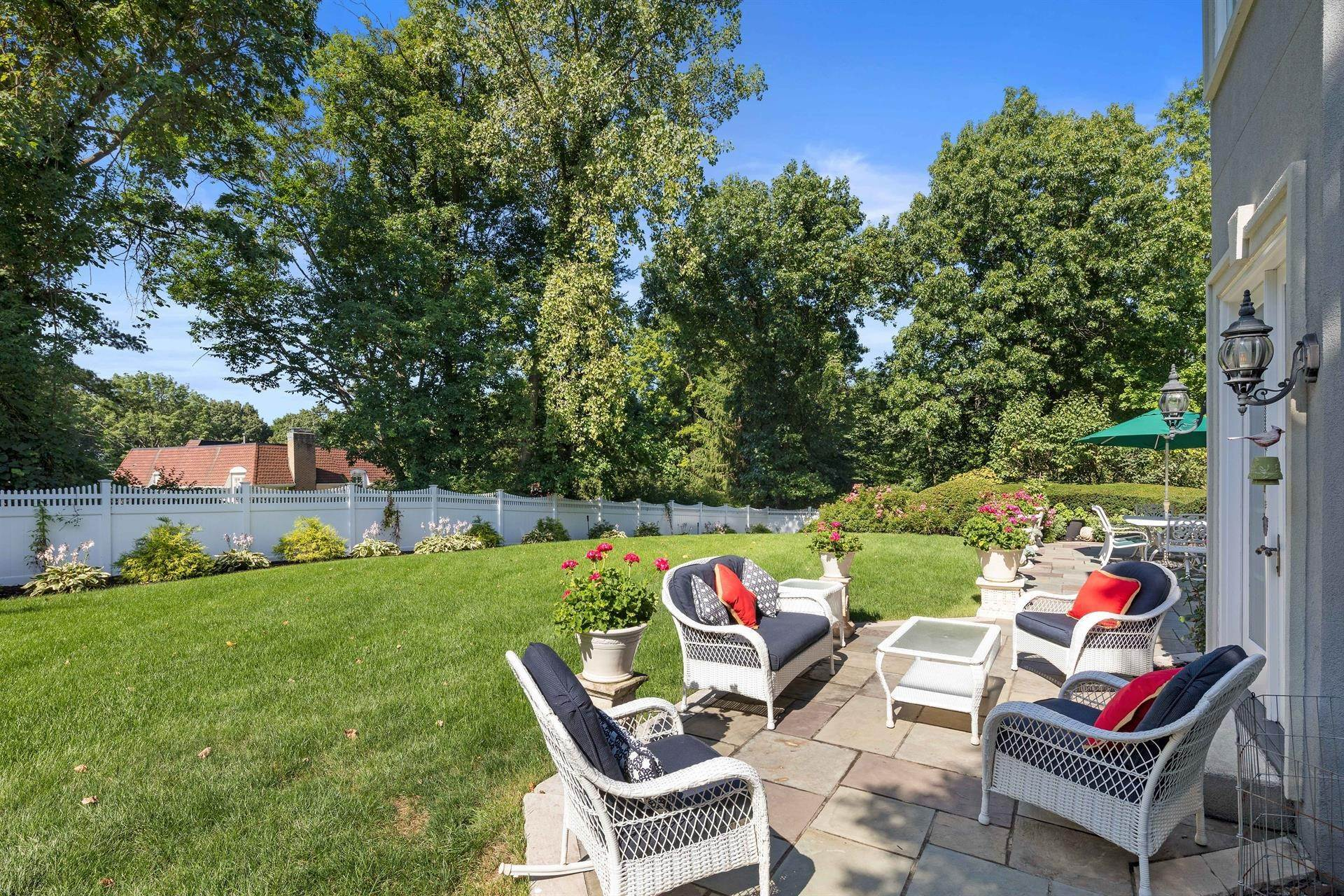 10. Residential for Sale at 15 Hunter Ridge Woodcliff Lake, New Jersey, 07677 United States