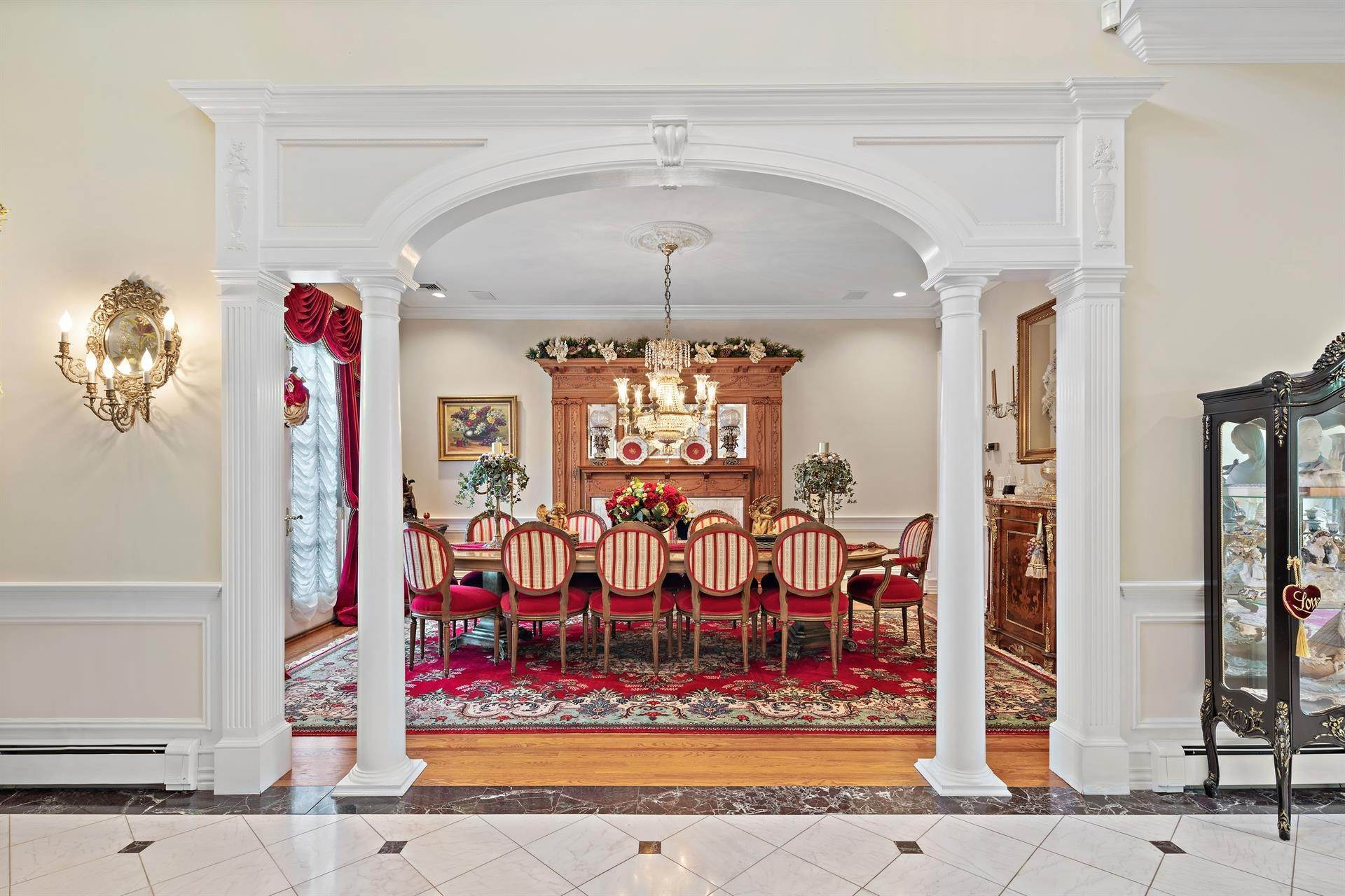 17. Residential for Sale at 15 Hunter Ridge Woodcliff Lake, New Jersey, 07677 United States