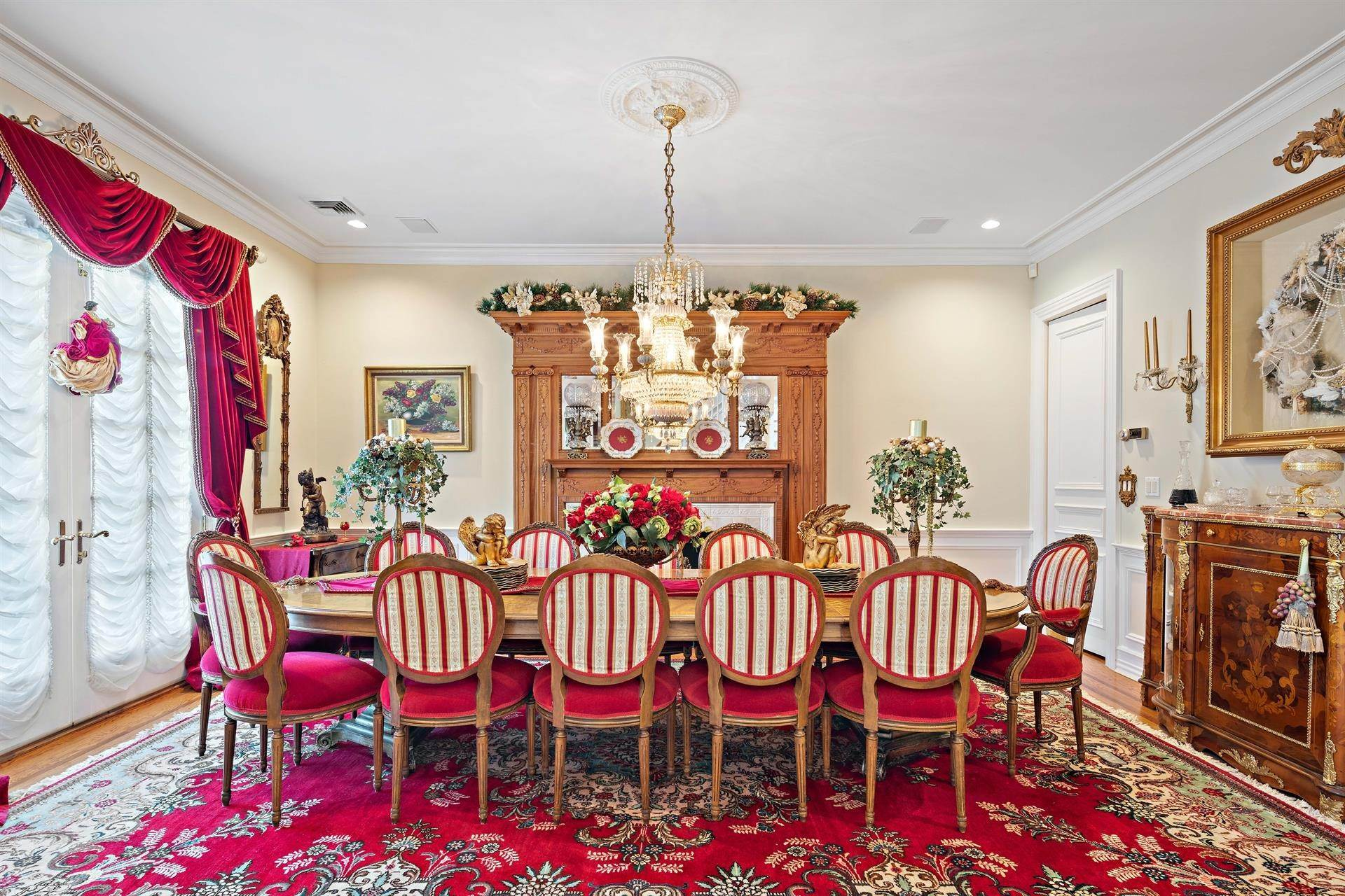 18. Residential for Sale at 15 Hunter Ridge Woodcliff Lake, New Jersey, 07677 United States