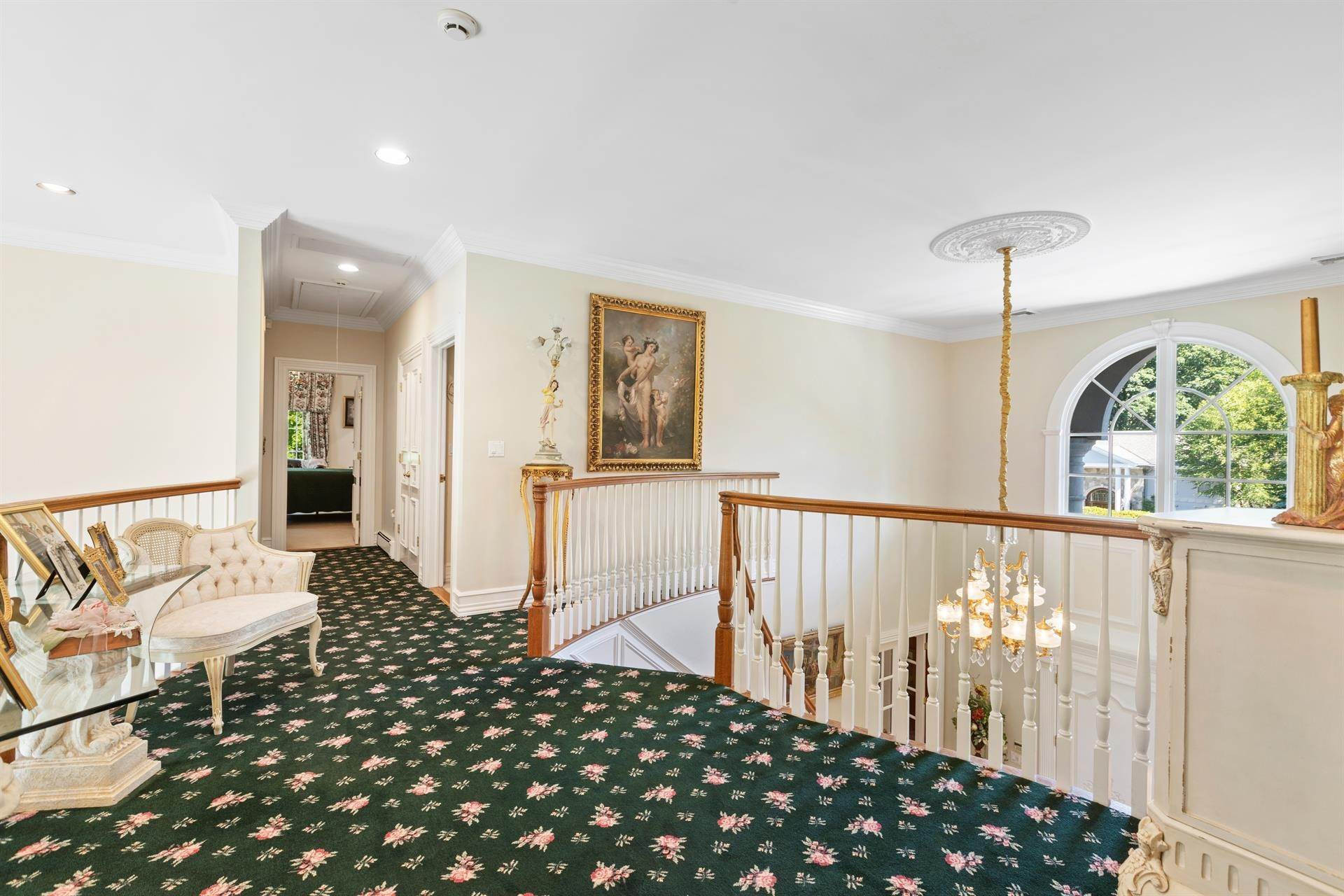 38. Residential for Sale at 15 Hunter Ridge Woodcliff Lake, New Jersey, 07677 United States