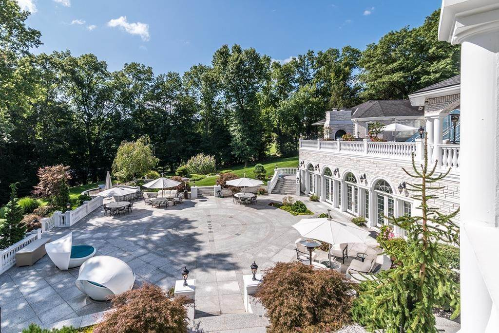 30. Estate for Sale at Palatial Estate Saddle River, New Jersey, 07458 United States