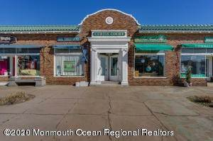 Retail for Sale at 517 Main Avenue Bay Head, New Jersey, 08742 United States