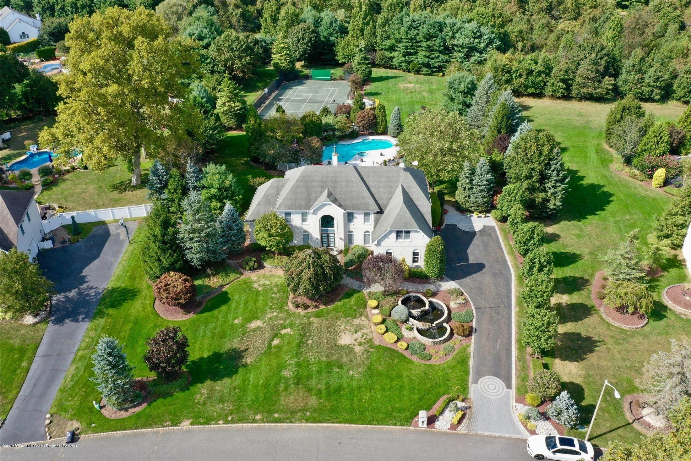 Single Family Home for Sale at 7 Turtle Hollow Drive Manalapan, New Jersey, 07726 United States
