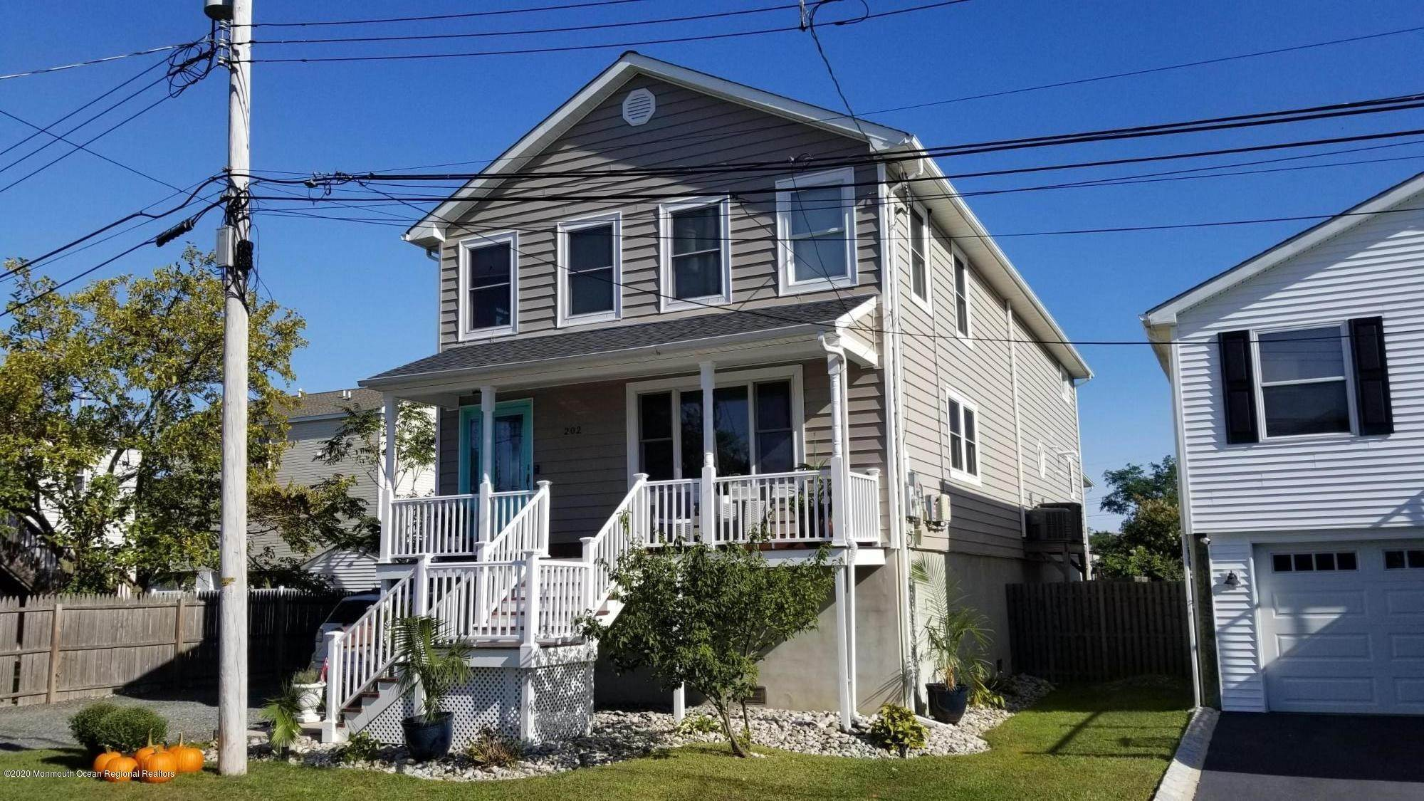Single Family Home for Sale at 202 Henry Street Union Beach, New Jersey, 07735 United States