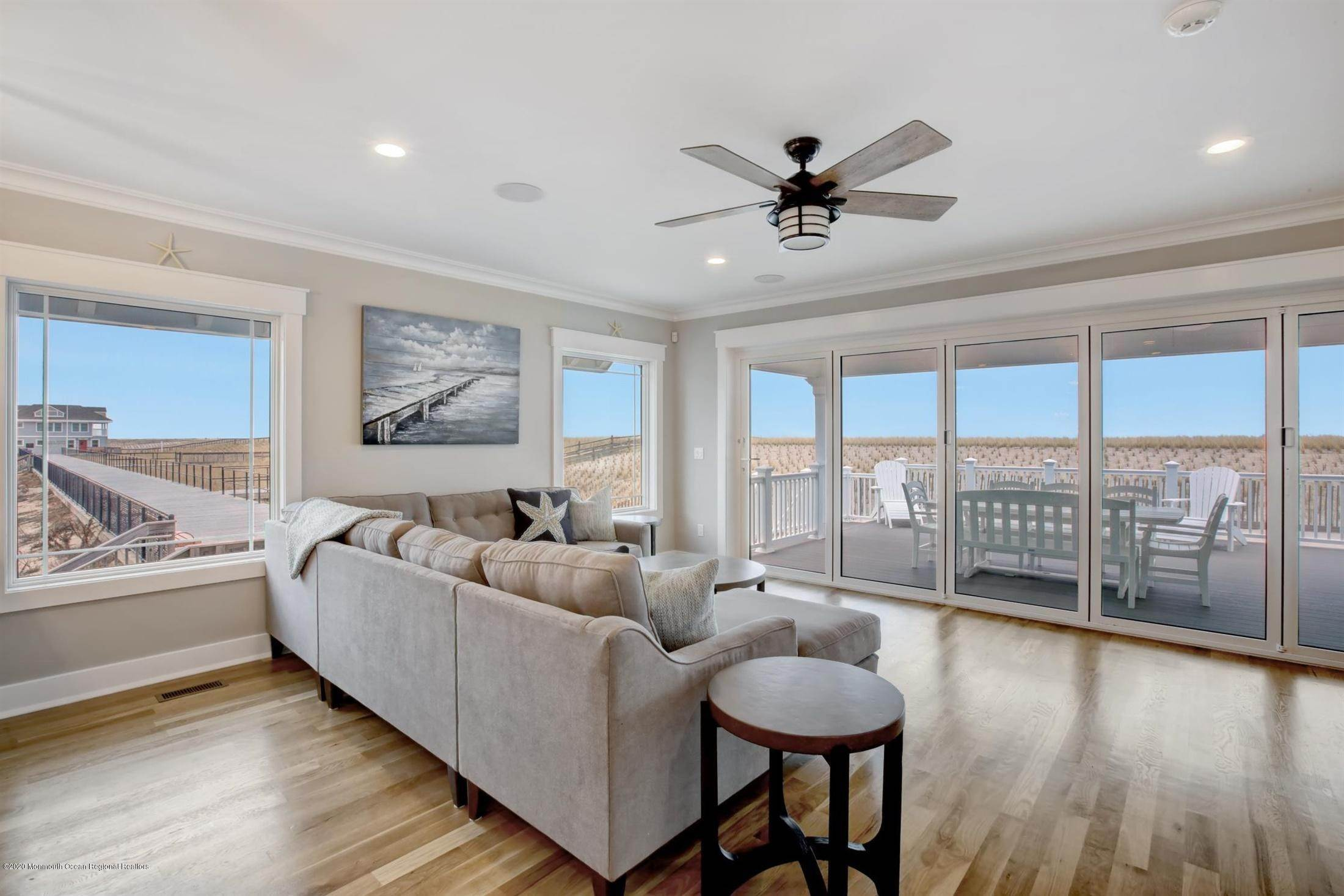 17. Single Family Home for Rent at 1728 Oceanfront Ortley Beach, New Jersey, 08751 United States