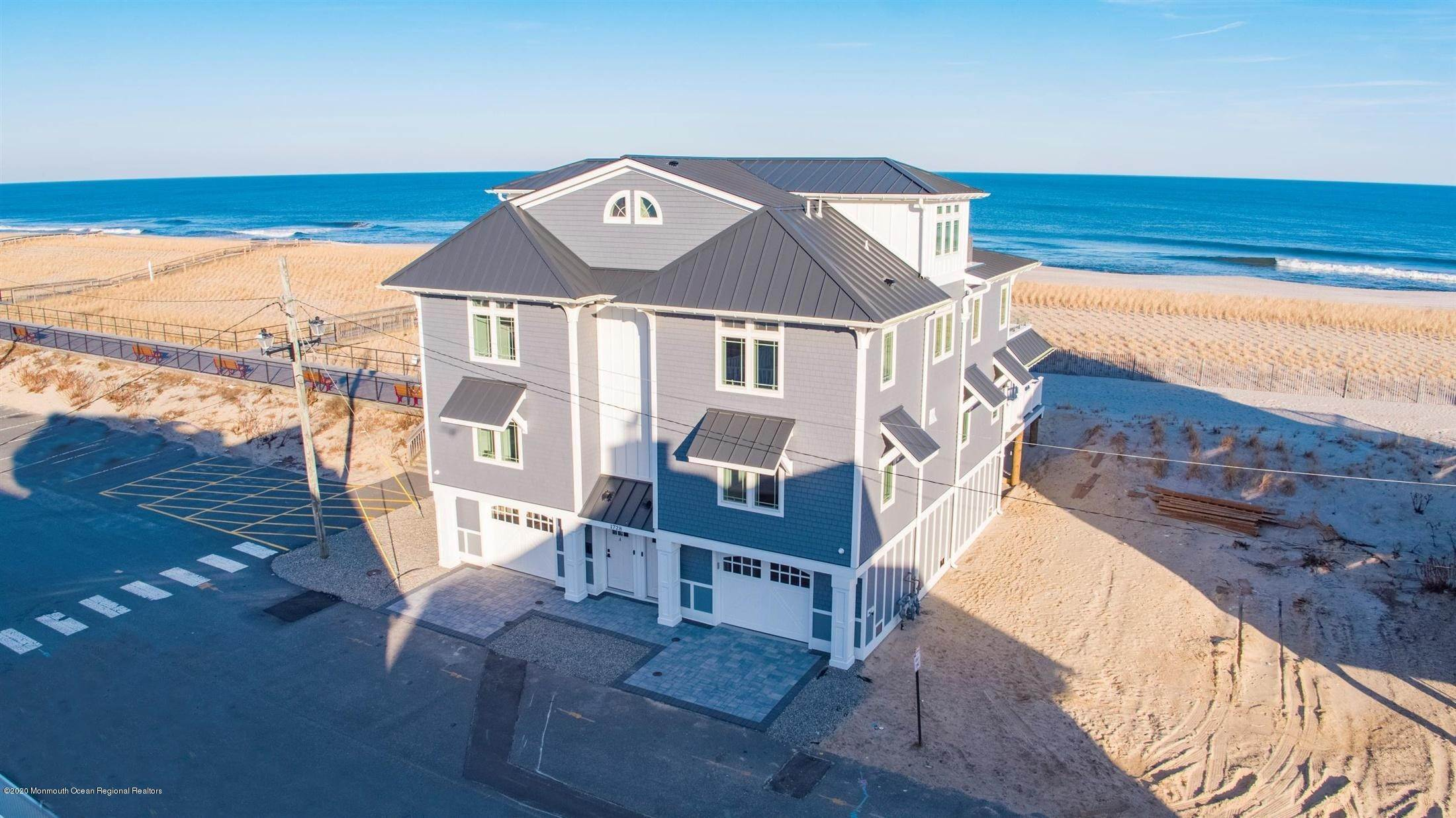 41. Single Family Home for Rent at 1728 Oceanfront Ortley Beach, New Jersey, 08751 United States
