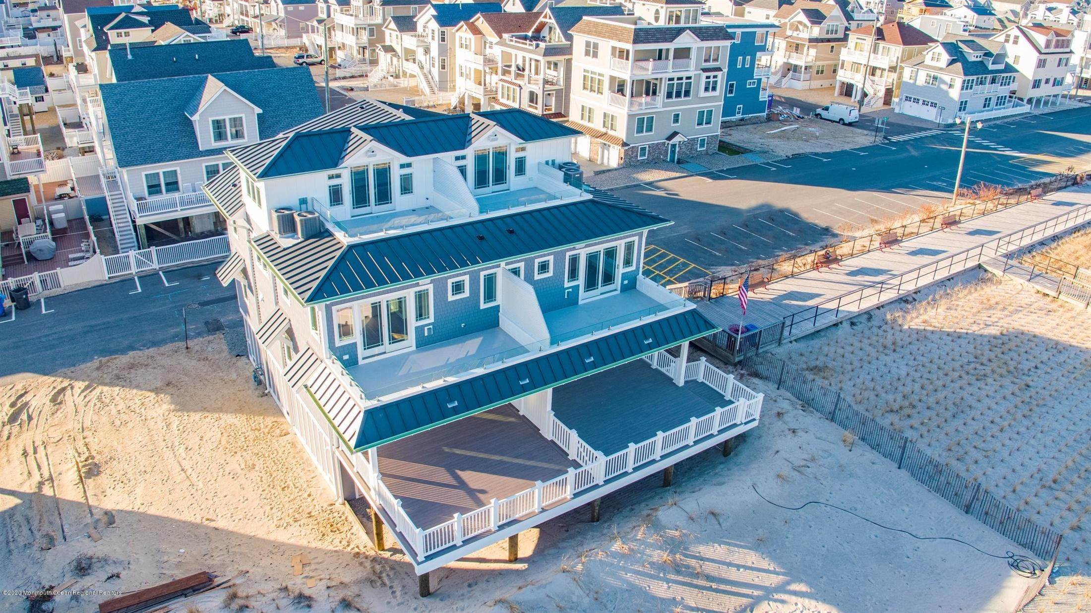 52. Single Family Home for Rent at 1728 Oceanfront Ortley Beach, New Jersey, 08751 United States
