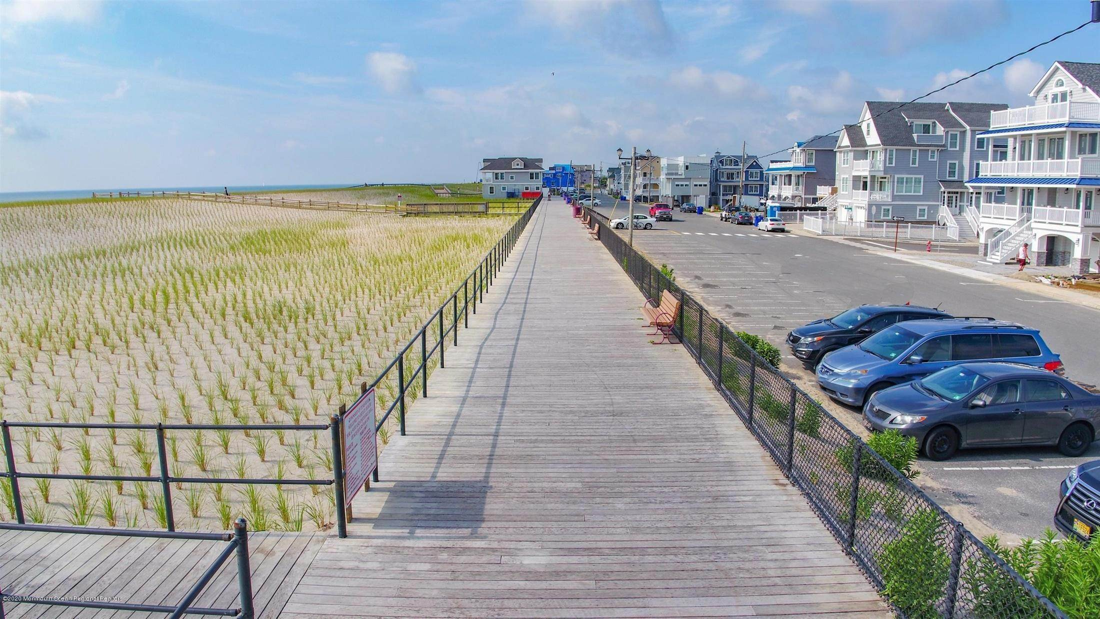 67. Single Family Home for Rent at 1728 Oceanfront Ortley Beach, New Jersey, 08751 United States
