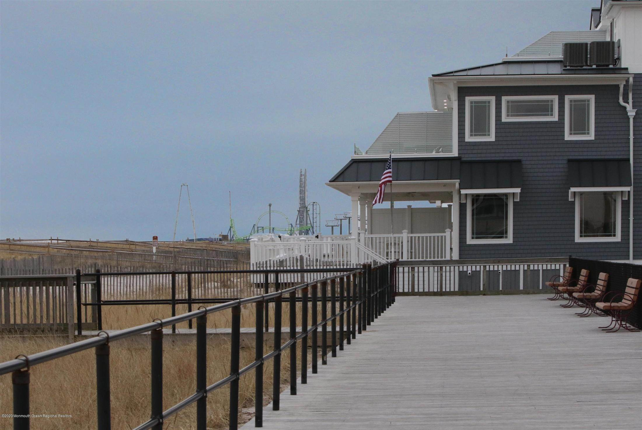 83. Single Family Home for Rent at 1728 Oceanfront Ortley Beach, New Jersey, 08751 United States