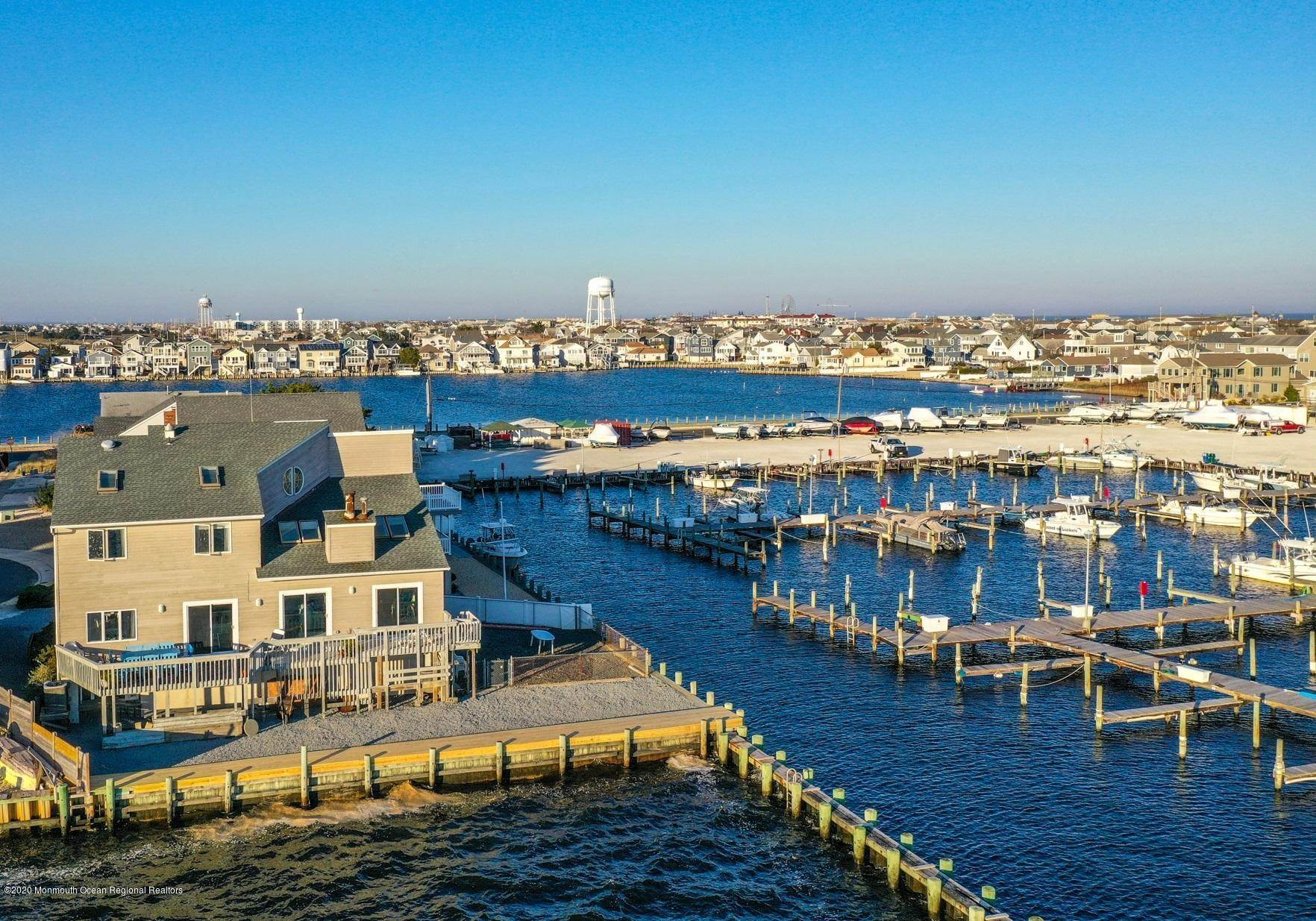 6. Single Family Home pour l Vente à 197 K COURT Seaside Park, New Jersey, 08752 États-Unis