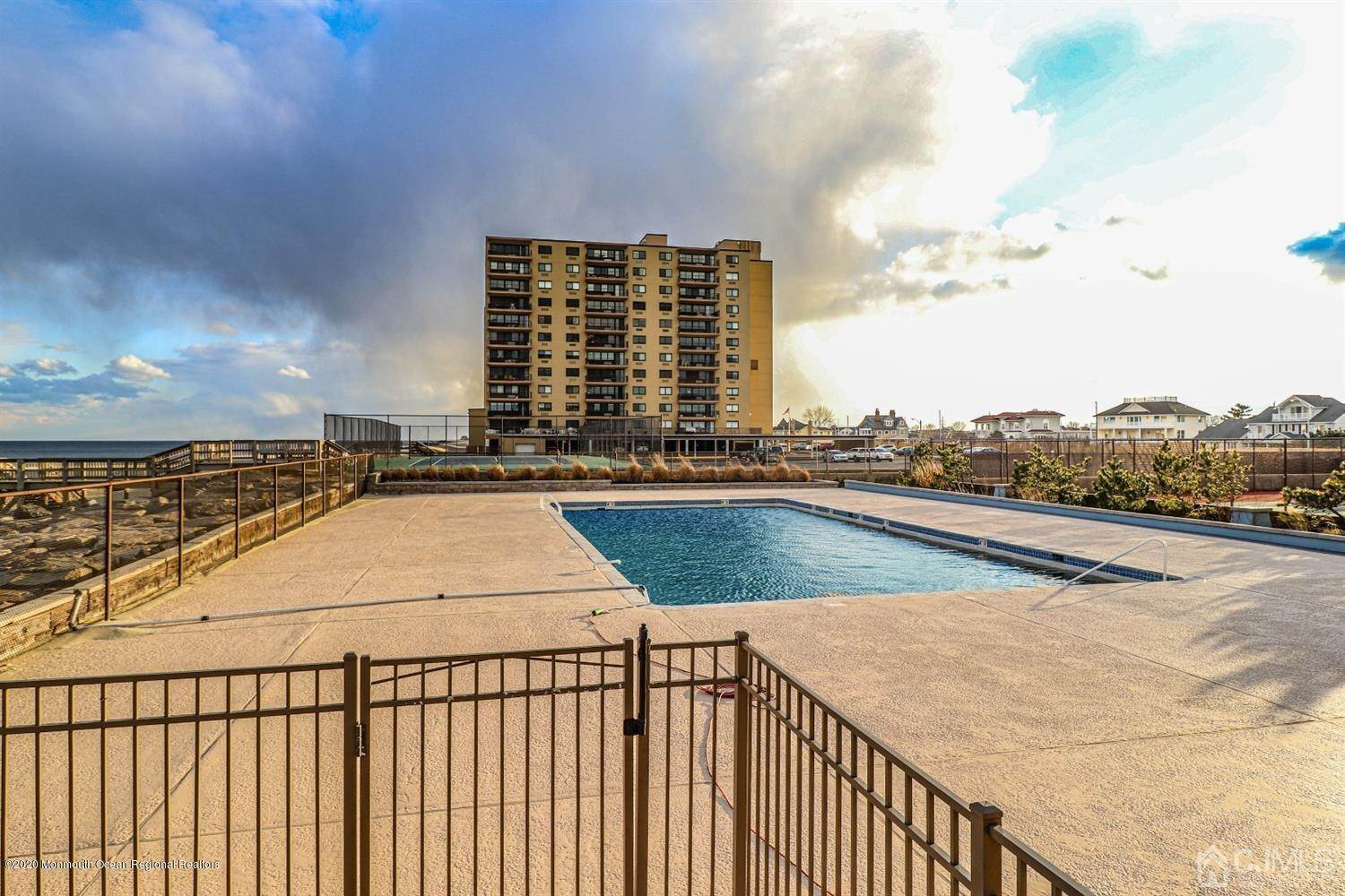 3. Condominium for Sale at 55 Ocean Avenue Monmouth Beach, New Jersey, 07750 United States