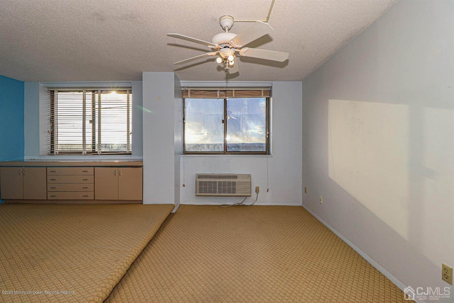 8. Condominium for Sale at 55 Ocean Avenue Monmouth Beach, New Jersey, 07750 United States