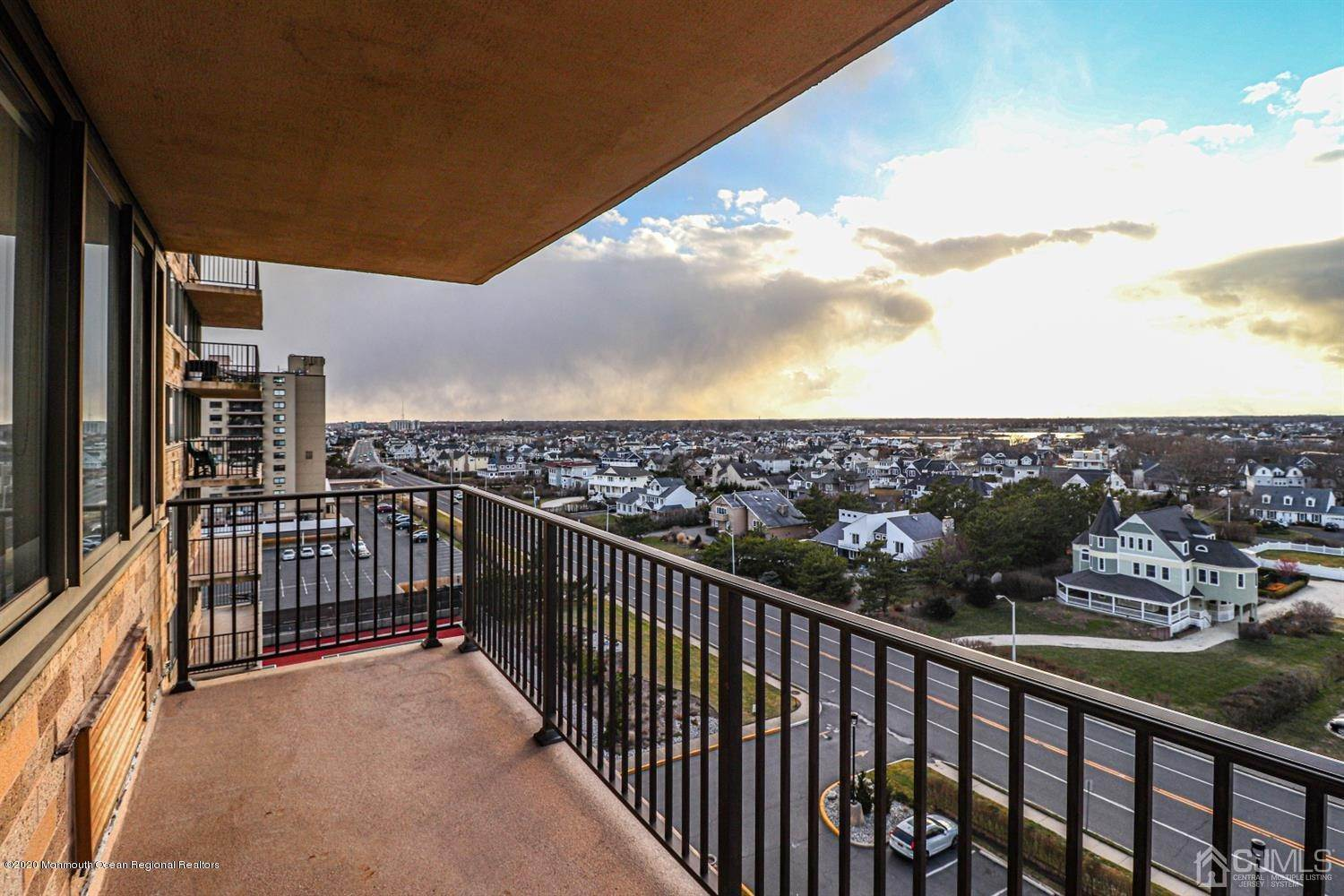10. Condominium for Sale at 55 Ocean Avenue Monmouth Beach, New Jersey, 07750 United States