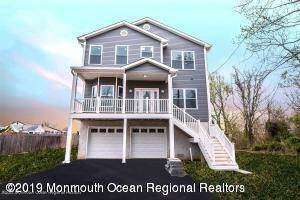 Single Family Home for Sale at 214 Raritan Street Union Beach, New Jersey, 07735 United States