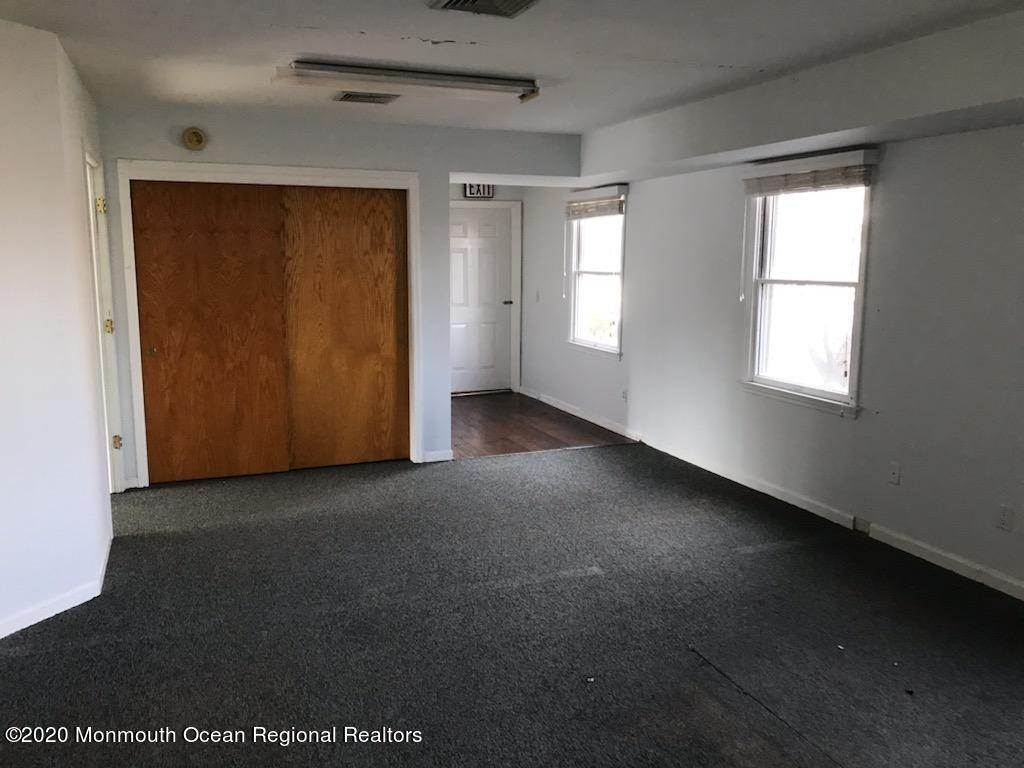 2. Commercial / Office for Sale at 106 Bridge Avenue Bay Head, New Jersey, 08742 United States