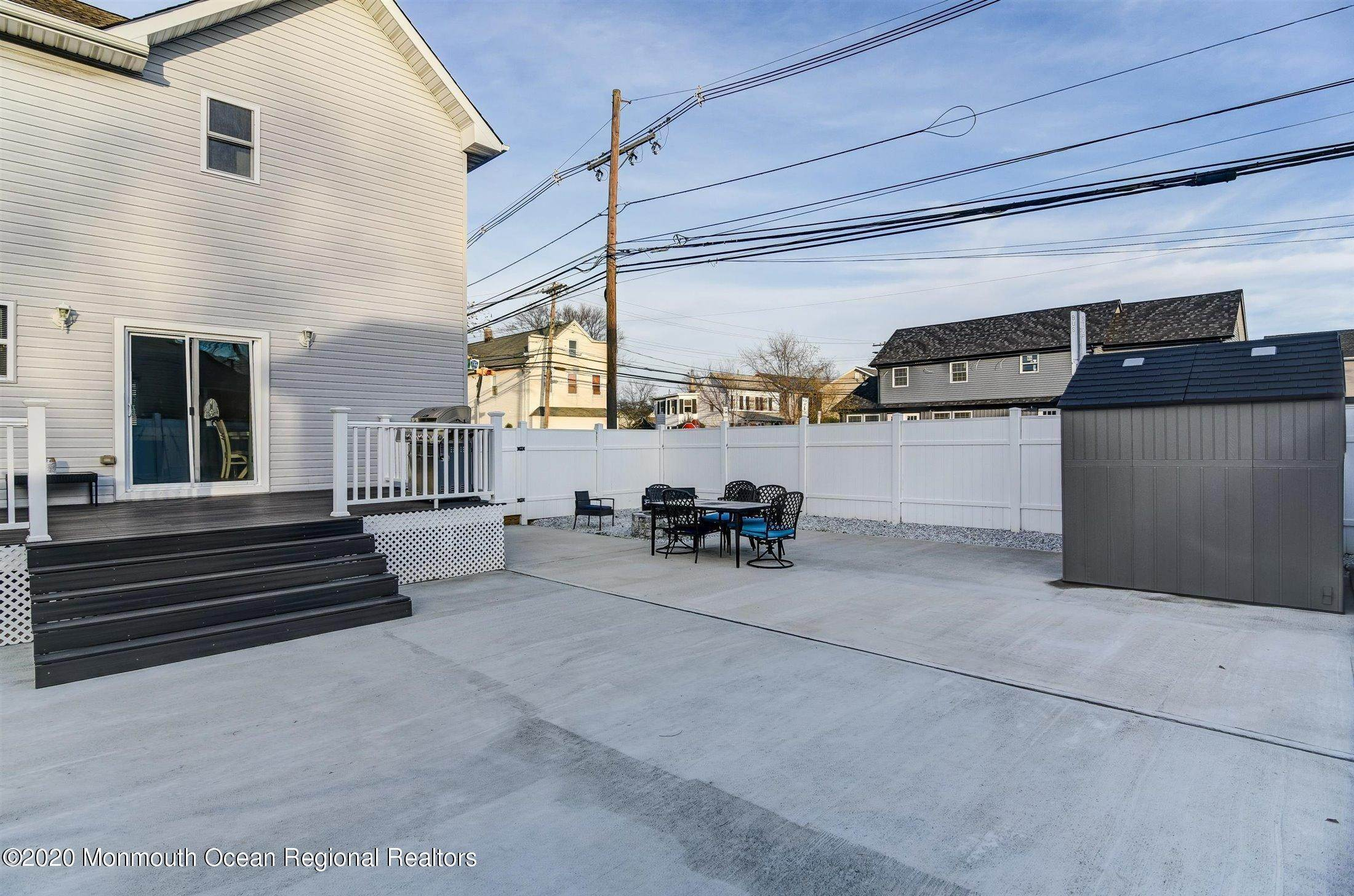 24. Single Family Home 为 销售 在 532 Ridgeway Avenue South Amboy, 新泽西州, 08879 美国