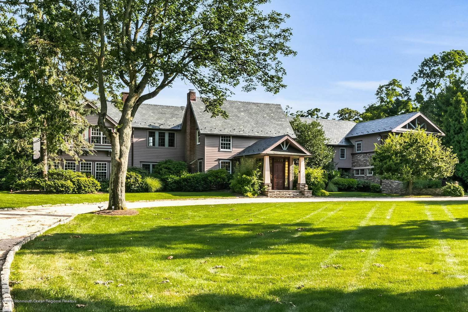 Single Family Home for Sale at 44 Black Point Horseshoe Rumson, New Jersey, 07760 United States
