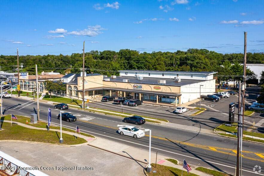 Retail for Sale at 661 Route 9 Bayville, New Jersey, 08721 United States