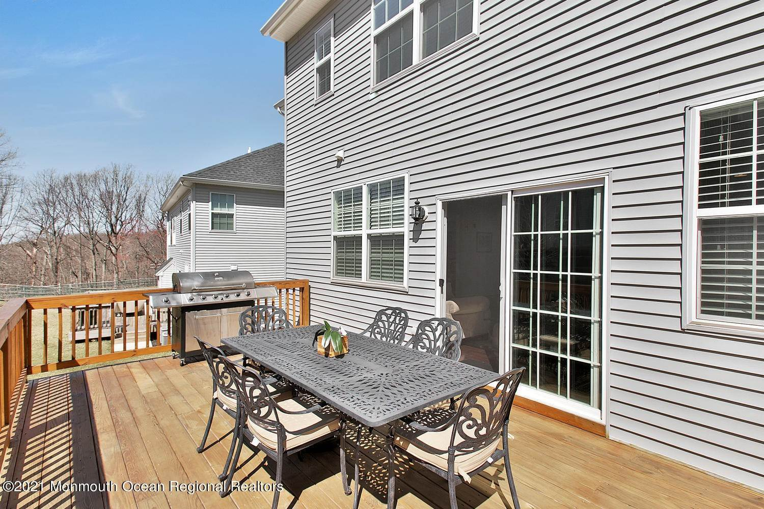27. Single Family Home for Sale at 3 Birch Street Atlantic Highlands, New Jersey, 07716 United States