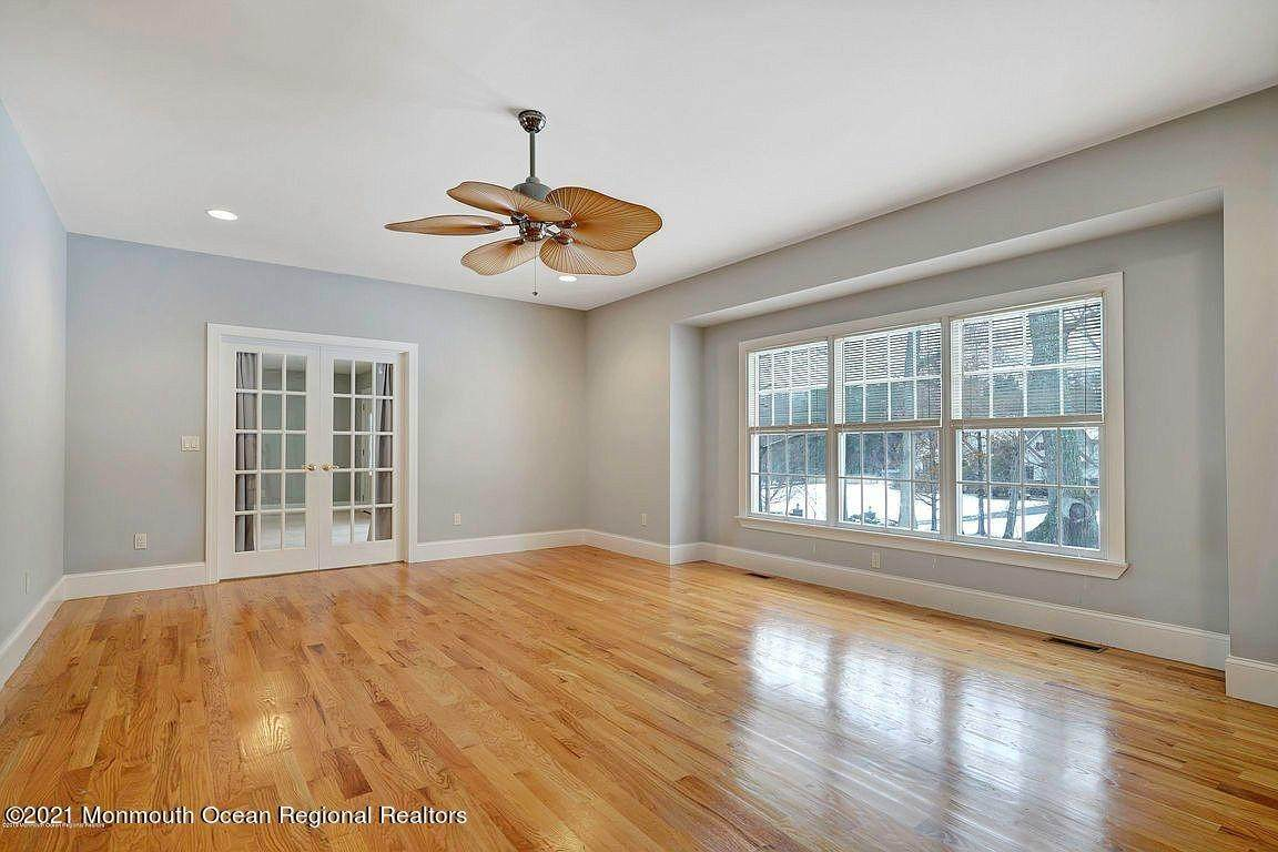 7. Single Family Home for Sale at 2440 Allenwood Lakewood Road Allenwood, New Jersey, 08720 United States