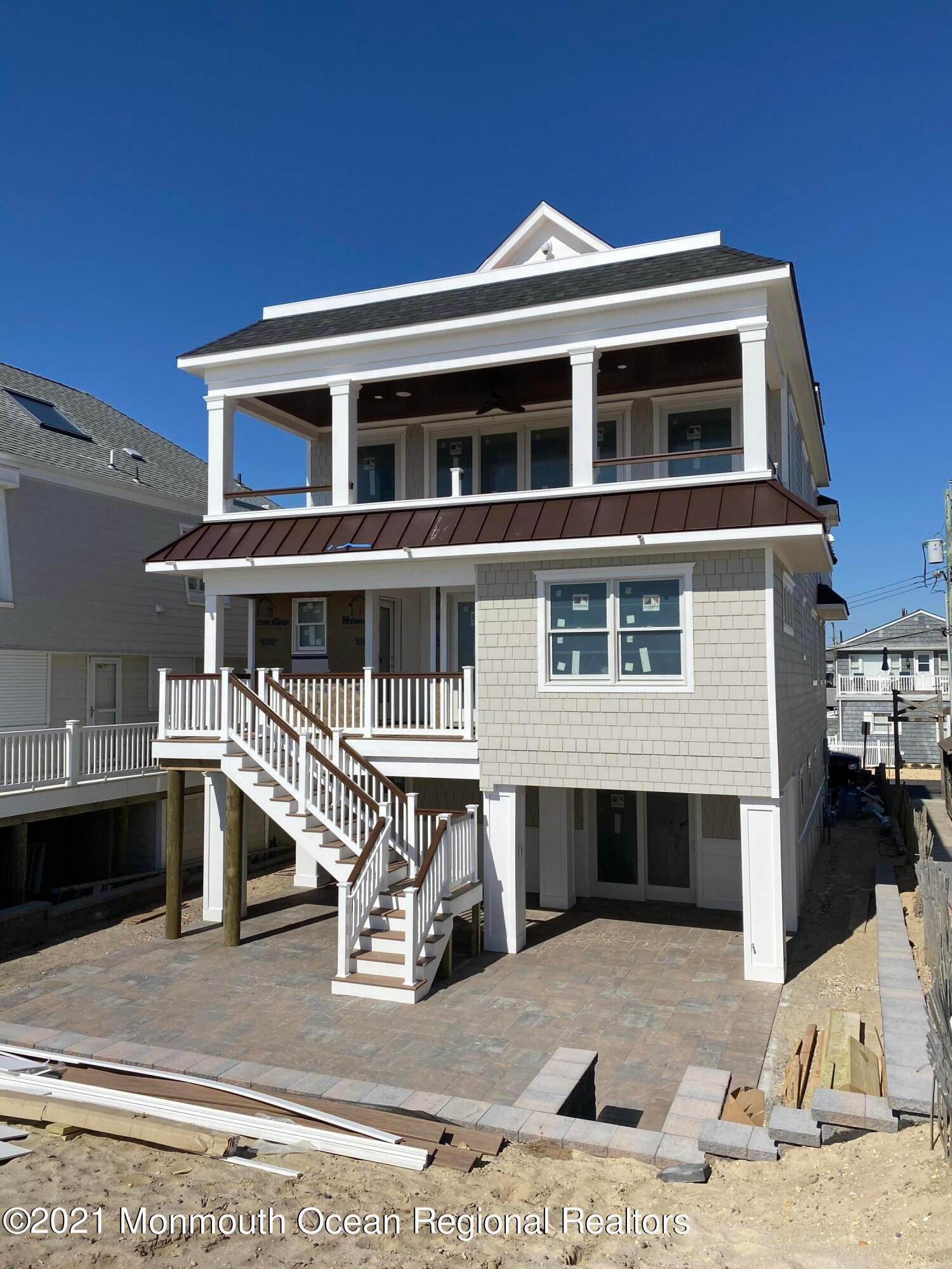 33. Single Family Home 为 销售 在 3574 Ocean Terrace Lavallette, 新泽西州, 08735 美国