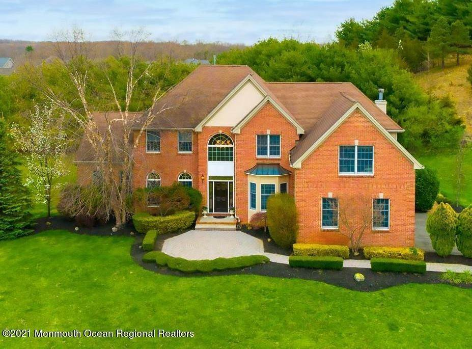 Single Family Home for Sale at 14 Sugar Loaf Hill Millstone, New Jersey, 08510 United States