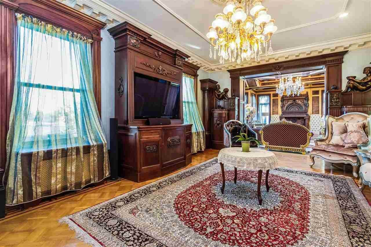 6. Single Family Home for Sale at 1-11 HAMILTON AVENUE Weehawken, New Jersey, 07086 United States