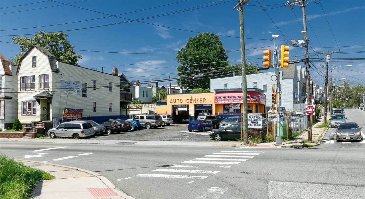 Business for Sale at 3-7 BAYVIEW AVENUE Jersey City, New Jersey, 07305 United States