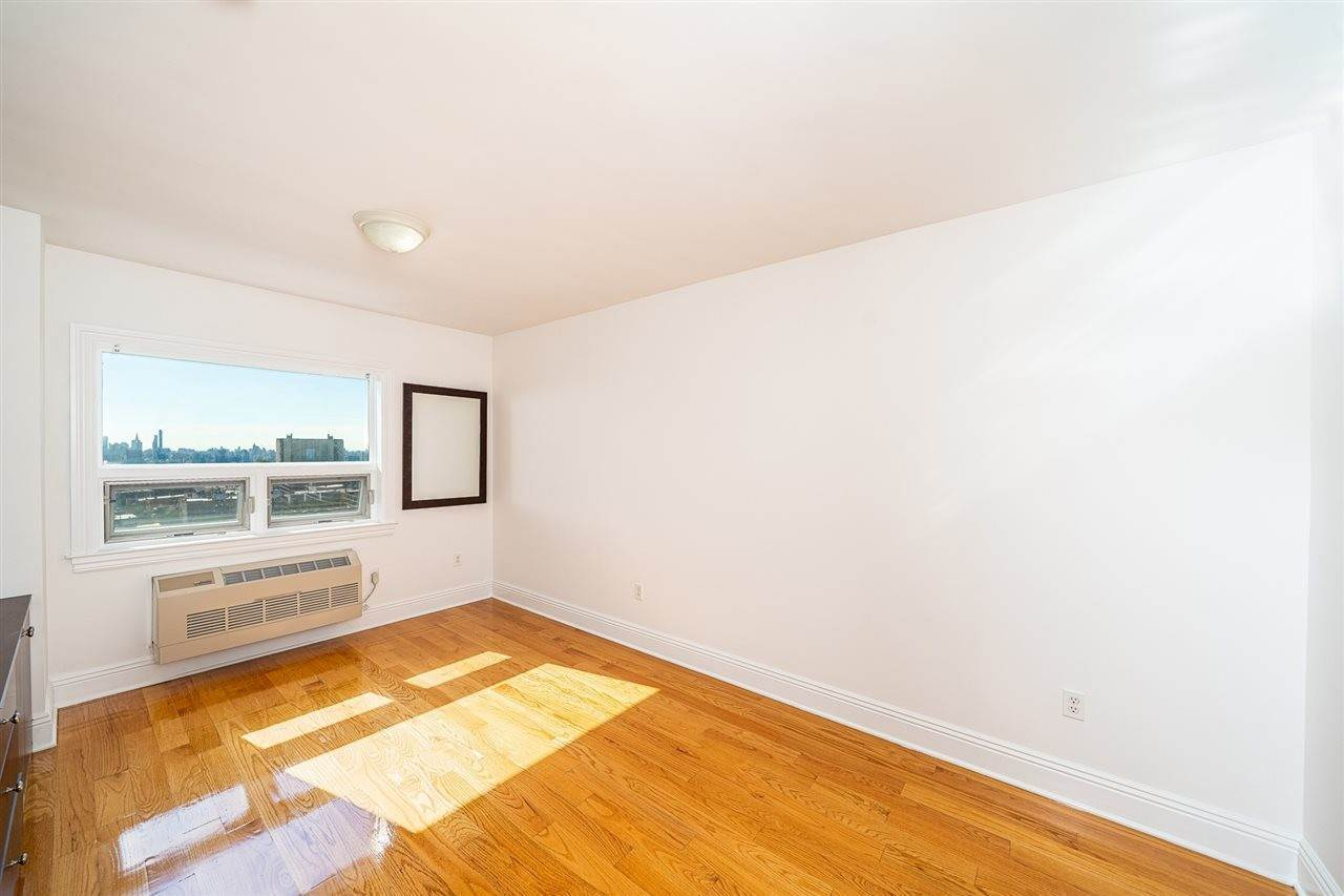 11. Condominium for Rent at 809 22ND STREET #01 Union City, New Jersey, 07087 United States