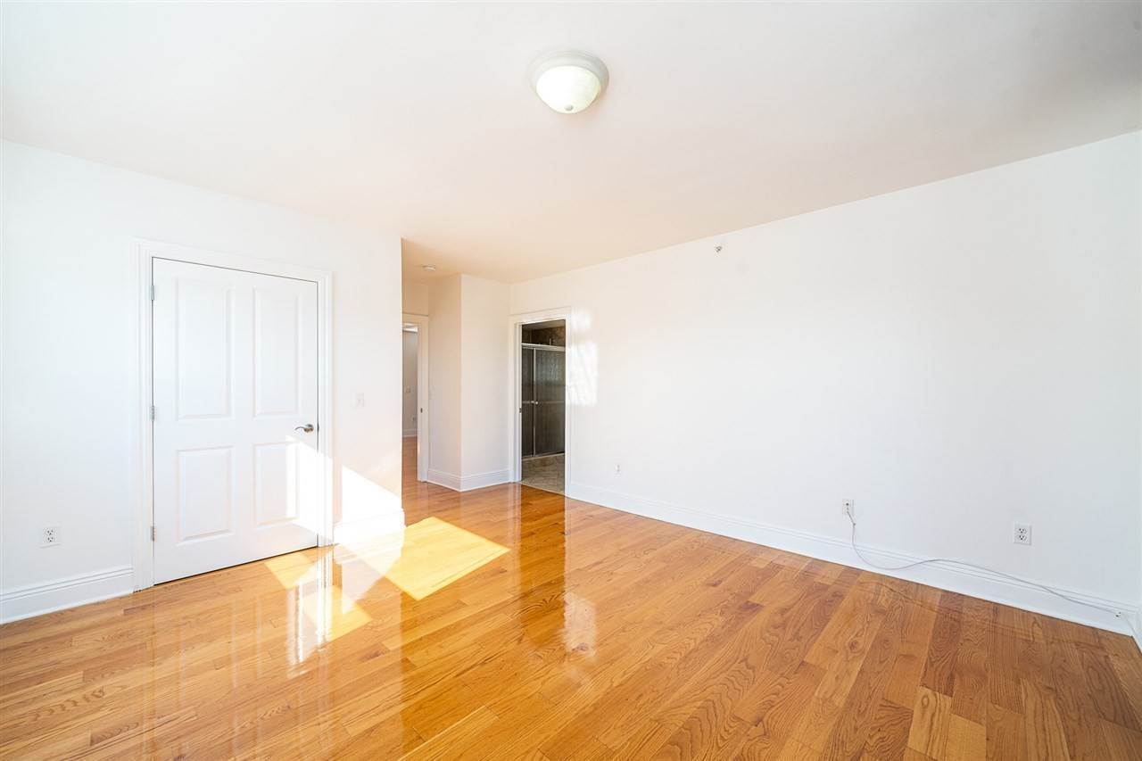 5. Condominium for Rent at 809 22ND STREET #01 Union City, New Jersey, 07087 United States