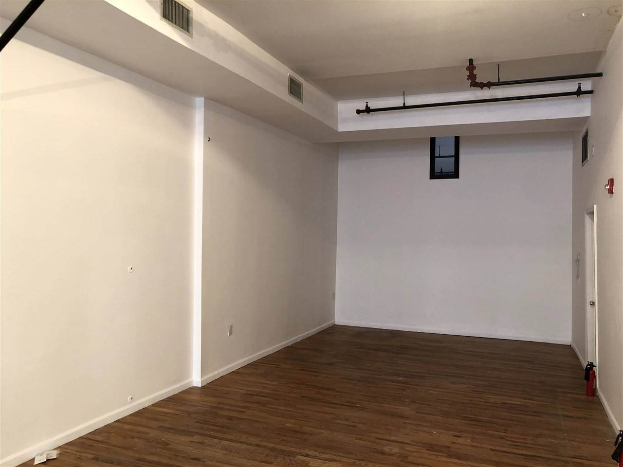 5. Retail for Rent at 523 PALISADE AVENUE #1 Jersey City, New Jersey, 07302 United States