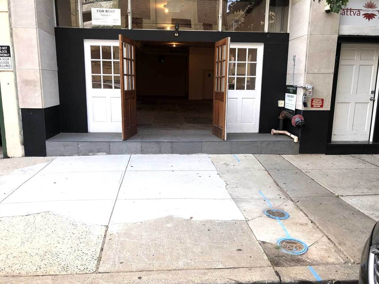 8. Retail for Rent at 523 PALISADE AVENUE #1 Jersey City, New Jersey, 07302 United States