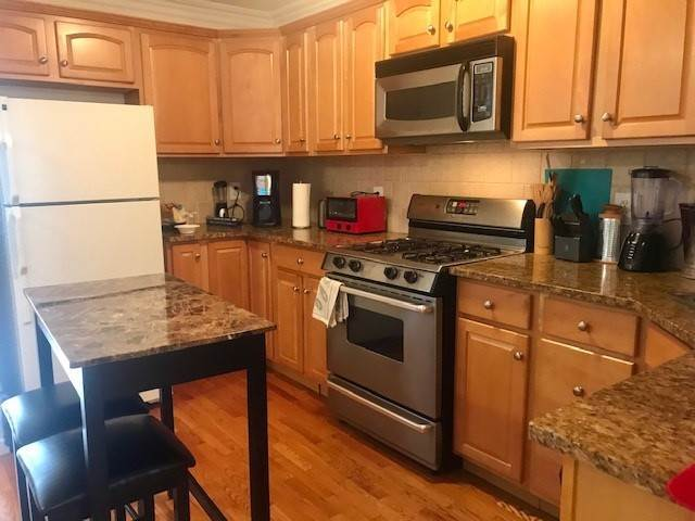 10. Single Family Home for Rent at 75 THORNE STREET Jersey City, New Jersey, 07307 United States