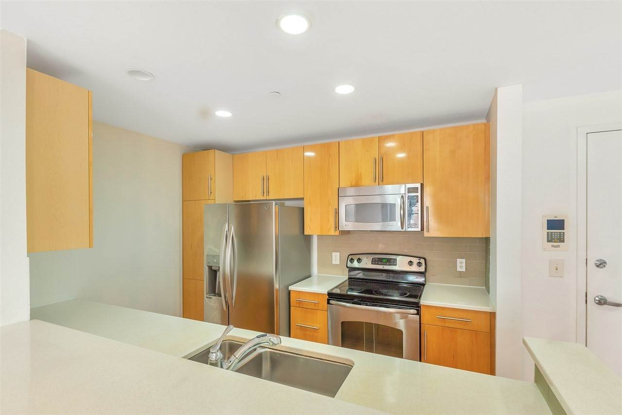 4. Condominium for Rent at 149 ESSEX STREET #5C Jersey City, New Jersey, 07302 United States