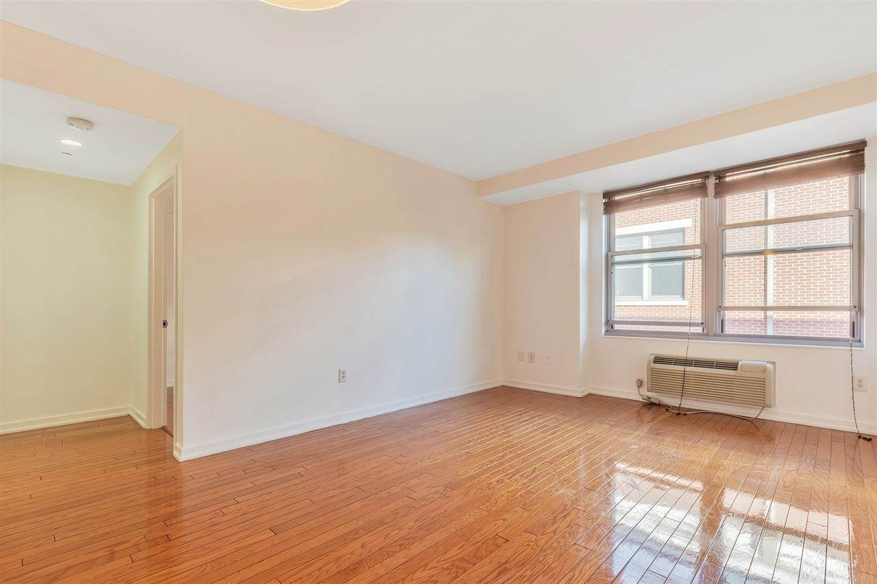 5. Condominium for Rent at 149 ESSEX STREET #5C Jersey City, New Jersey, 07302 United States