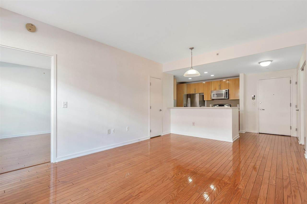 6. Condominium for Rent at 149 ESSEX STREET #5C Jersey City, New Jersey, 07302 United States