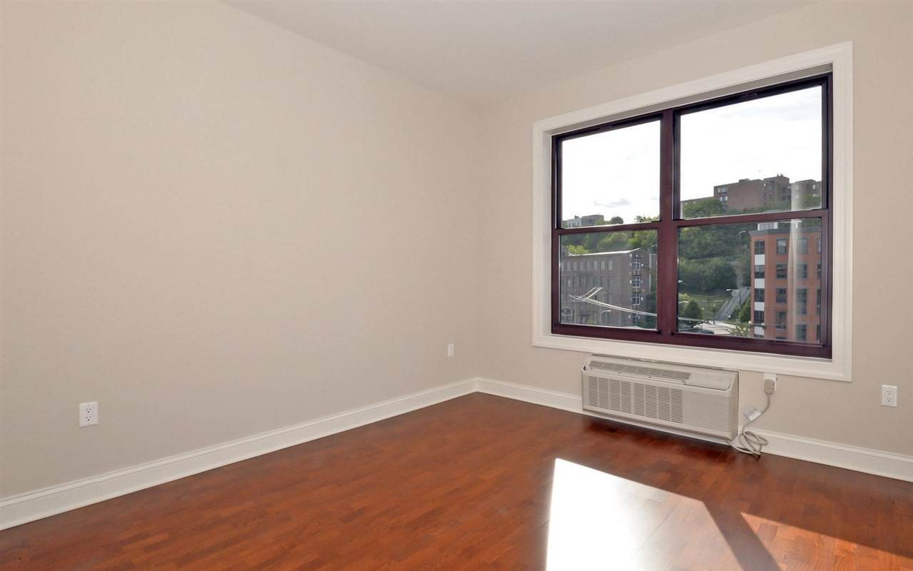 7. Apartments / Flats for Rent at 100 MARSHALL STREET #211 Hoboken, New Jersey, 07030 United States