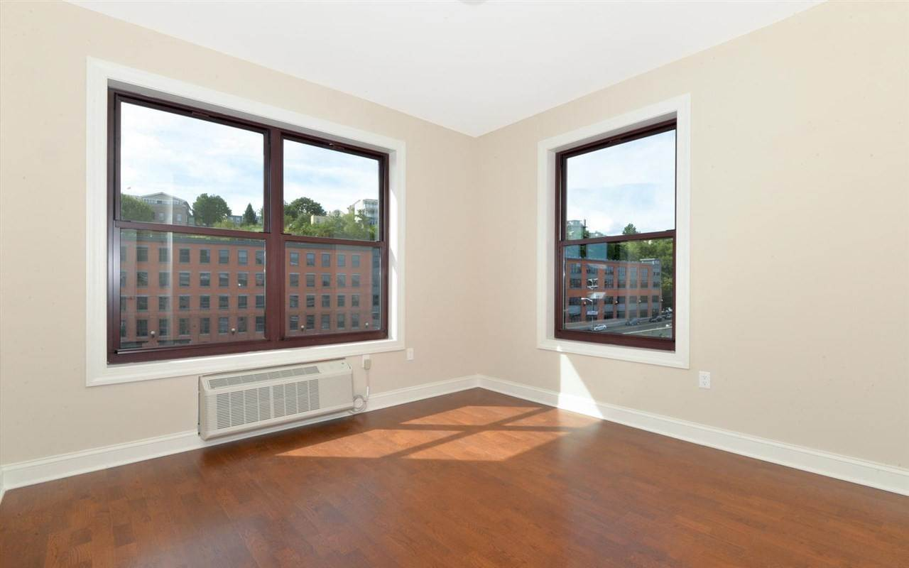 7. Apartments / Flats for Rent at 100 MARSHALL STREET #214 Hoboken, New Jersey, 07030 United States