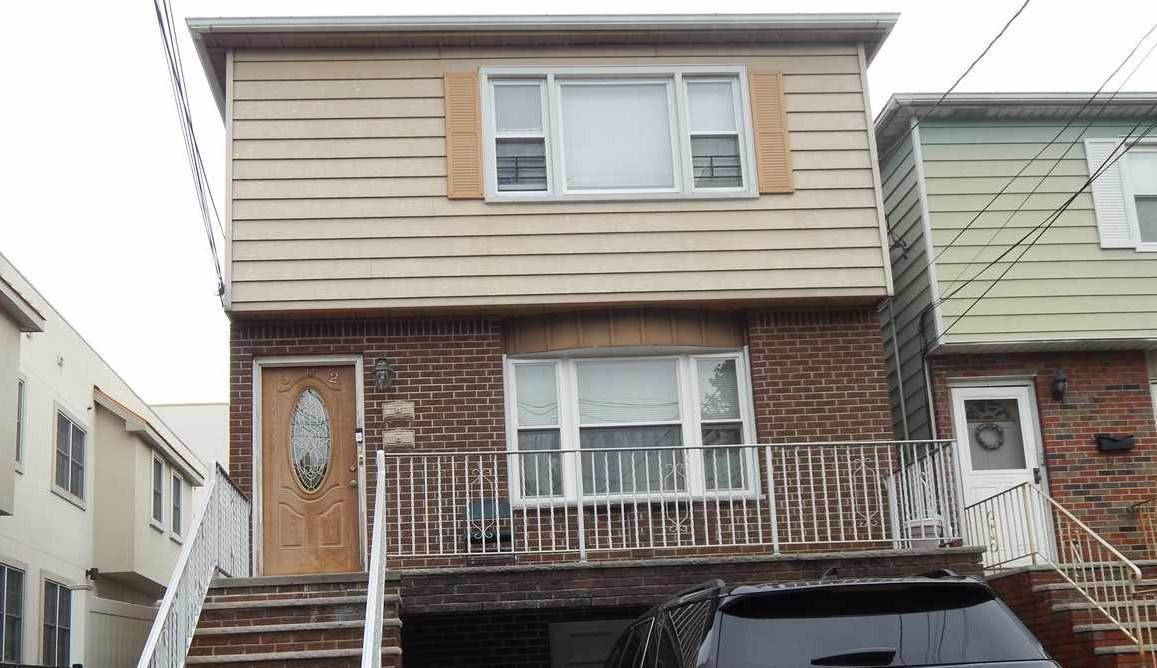 Single Family Home for Rent at 602 AVENUE A #2 Bayonne, New Jersey, 07002 United States