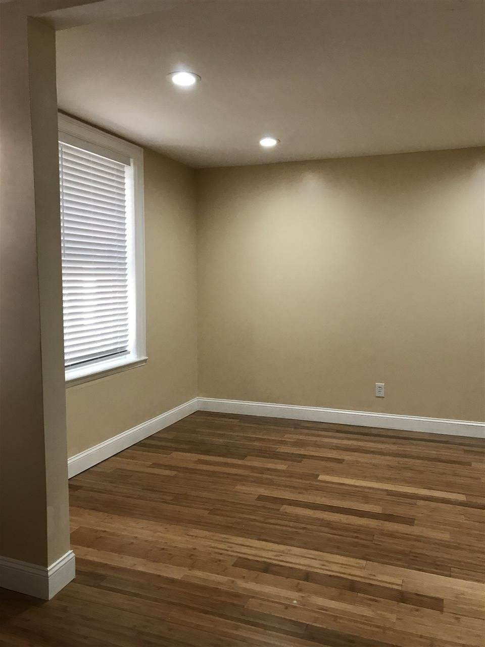 6. Apartments / Flats for Rent at 57 HAGUE STREET #4 Jersey City, New Jersey, 07307 United States
