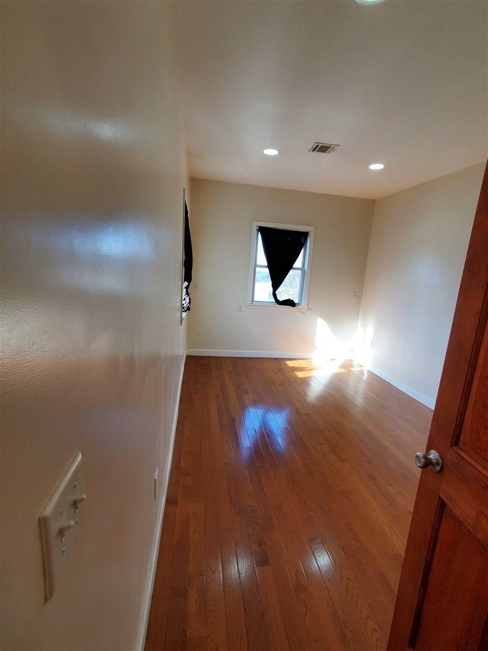 4. Single Family Home for Rent at 27 NELSON AVENUE #APT # Jersey City, New Jersey, 07307 United States