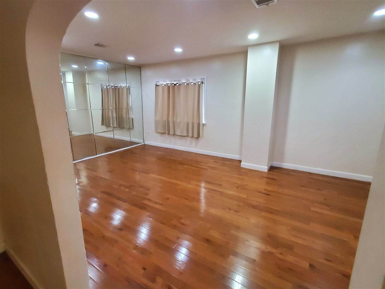 9. Single Family Home for Rent at 27 NELSON AVENUE #APT # Jersey City, New Jersey, 07307 United States
