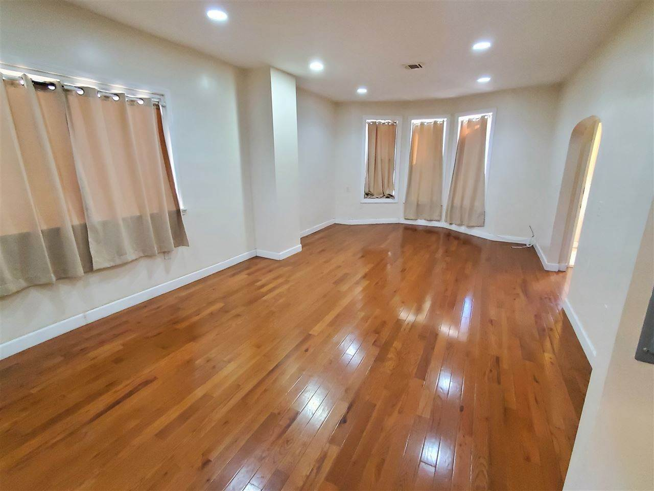 10. Single Family Home for Rent at 27 NELSON AVENUE #APT # Jersey City, New Jersey, 07307 United States